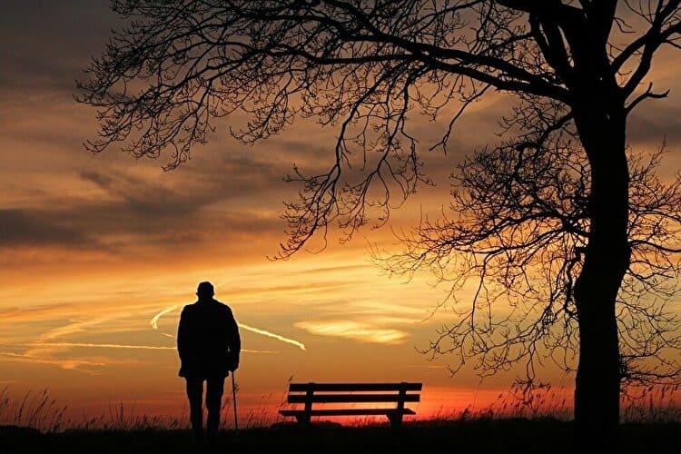孤独な老人